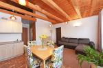 VIP house with separate terrace and grill area for 4 persons - 13