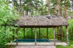 Māja pasākumiem ar banketu zāli, guļamistabām, saunu, burbuļvannu, āra peldbaseinu - 4