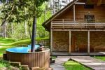 Māja pasākumiem ar banketu zāli, guļamistabām, saunu, burbuļvannu, āra peldbaseinu - 6