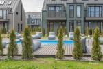 1 Apartamentai prie jūros (1 kambarys su kiemu, terasa ir šildomu lauko baseinu) - 7