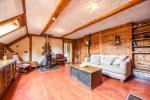 Zwei-Zimmer-Ferienwohnung für 5 Personen mit Küche, Wohnzimmer, Balkon - 4