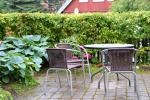№ 3 Двухместный номер (0) в цокольном этаже с отдельным входом со двора и внутренний дворик с садовой мебель - 2